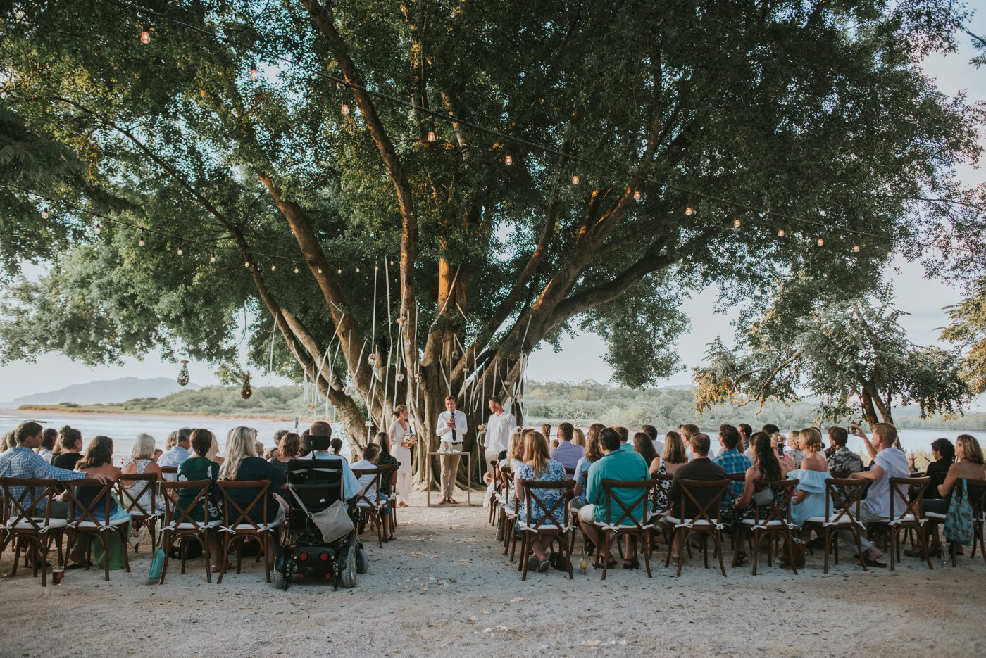 Bethany_Briton_beach_wedding_pangas_club_tamarindo_0041.jpg