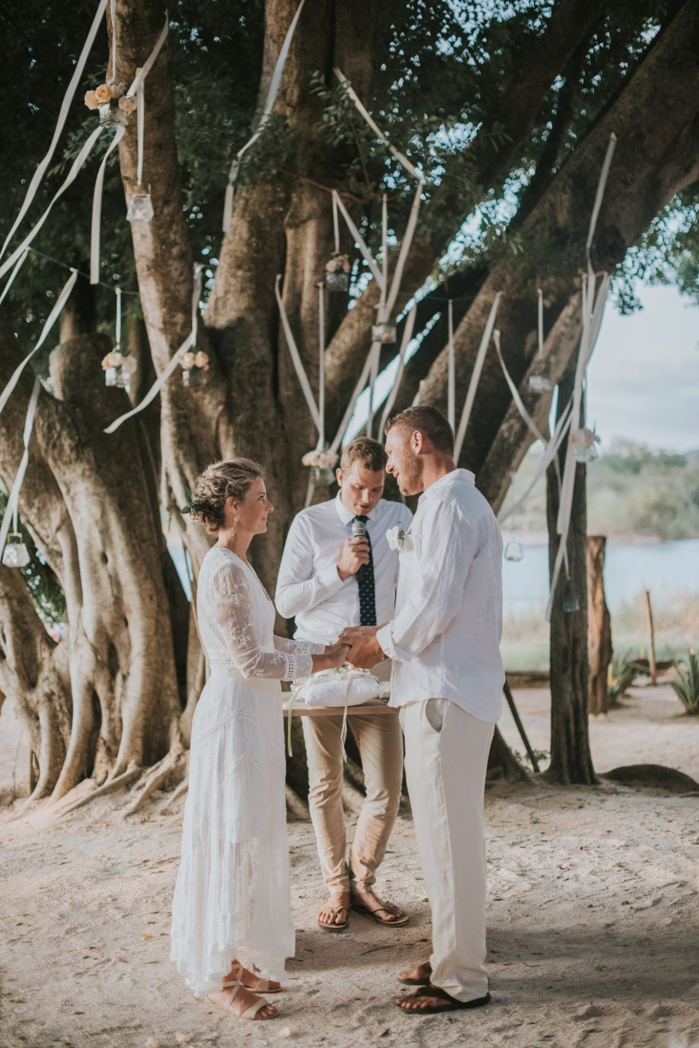 Bethany_Briton_beach_wedding_pangas_club_tamarindo_0046.jpg